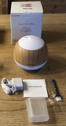 Verpackung und Lieferumfang des InnooCare 500 ml Duft Zerstäubers
